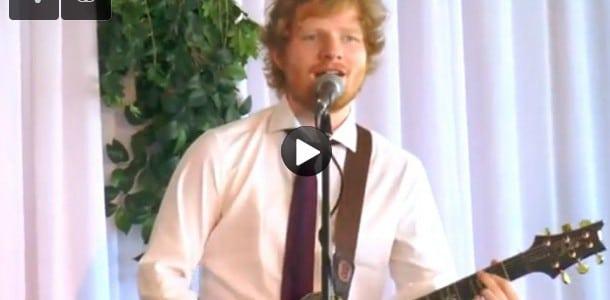 Ed Sheeran s'incruste dans un mariage en Australie…