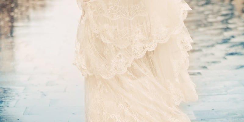 f315ad18ae2 Pourquoi il ne faut pas acheter sa robe de mariée sur Internet
