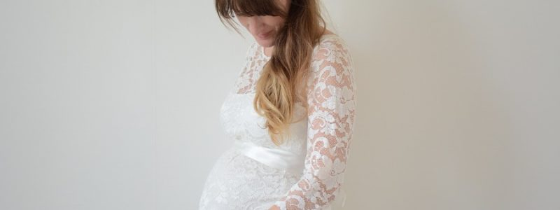 Où acheter sa robe de mariée quand on est enceinte ?