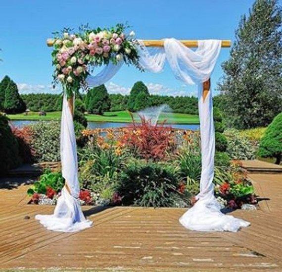 arche mariage tulle fleurs