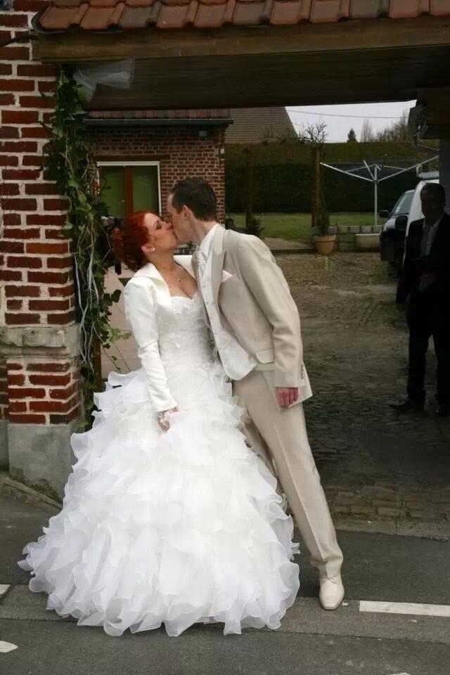 robe de mariée froufrous volume tulle